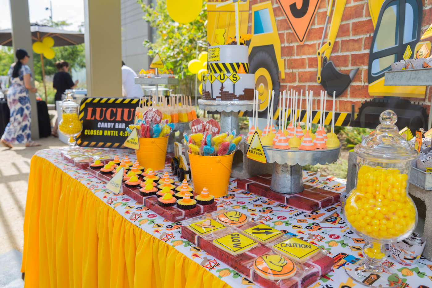 15-construction-theme-party